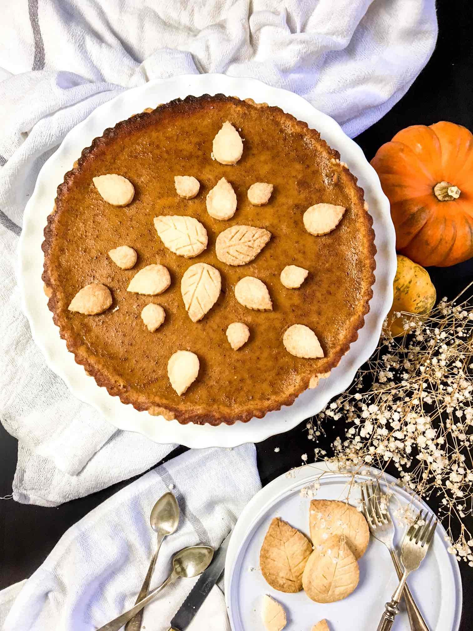 Classic pumpkin pie w a twist healthy forkful for Pumpkin pie with a twist